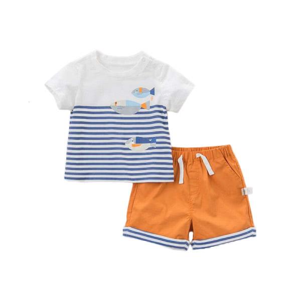 Outfit aus T-Shirt und Shorts - Ocean