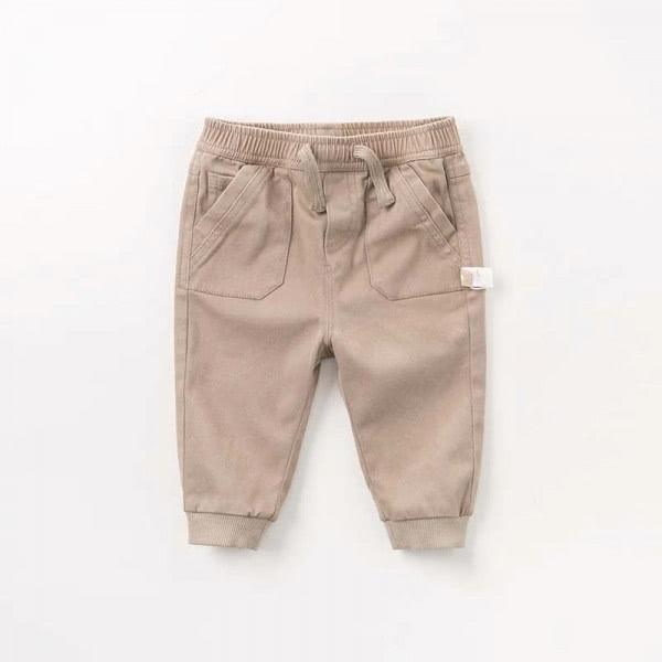 Pants in khaki